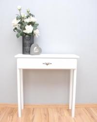 Biała konsola na prostych nogach