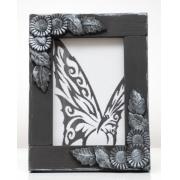 Czarna ramka  z motywem kwiatów